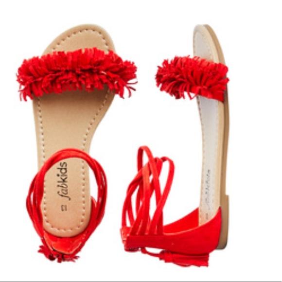 cb8a2d7a9382 New Fabkids size 2 Red Orange Fringe Sandals